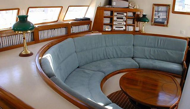 Antsiva Charter Yacht - 4
