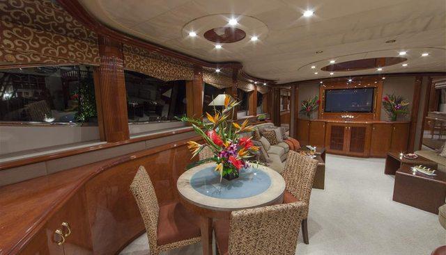 Troca One Charter Yacht - 6