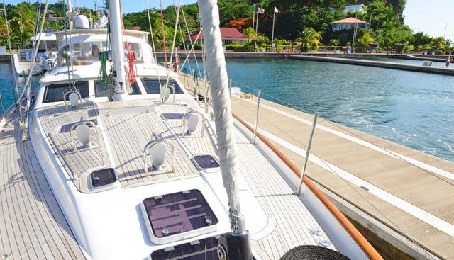 Columbo Breeze Charter Yacht - 2