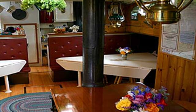 Mary Day Charter Yacht - 5