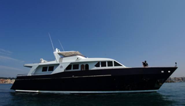 Ia Ora Charter Yacht - 2