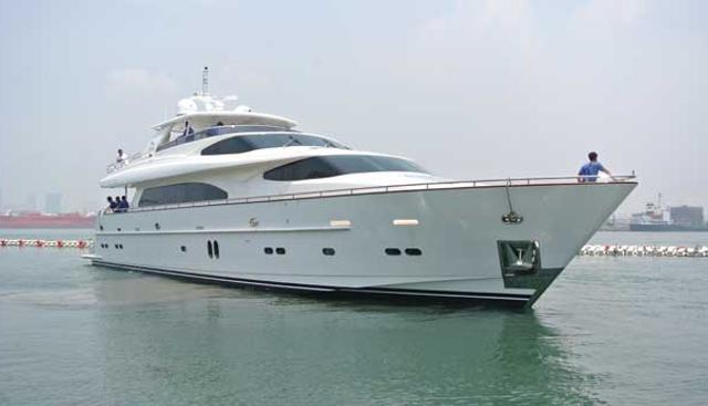 Summer Wind Charter Yacht