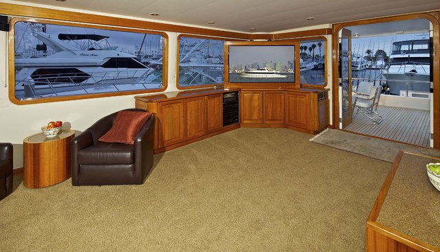 Hi Ball Charter Yacht - 4