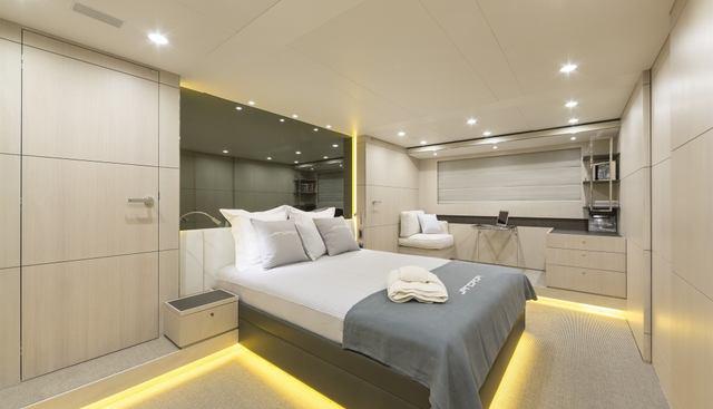 Mr Maverick Charter Yacht - 4