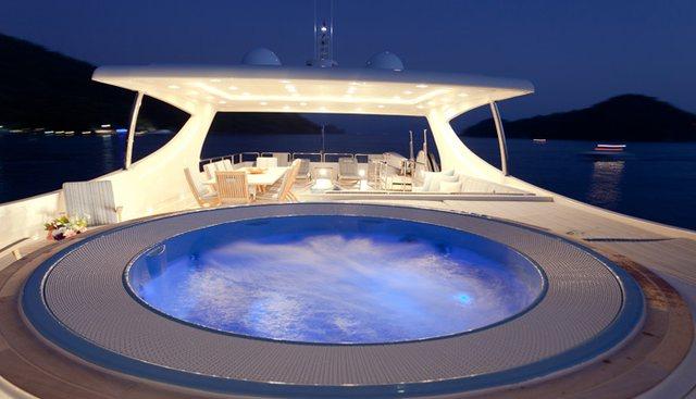Joan's Beach Charter Yacht - 2