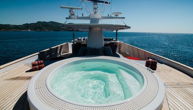 Chesella Charter Yacht - 2