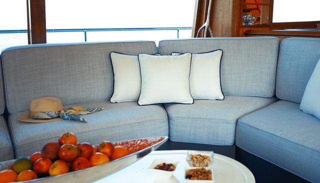 Lady Amanda Charter Yacht - 7