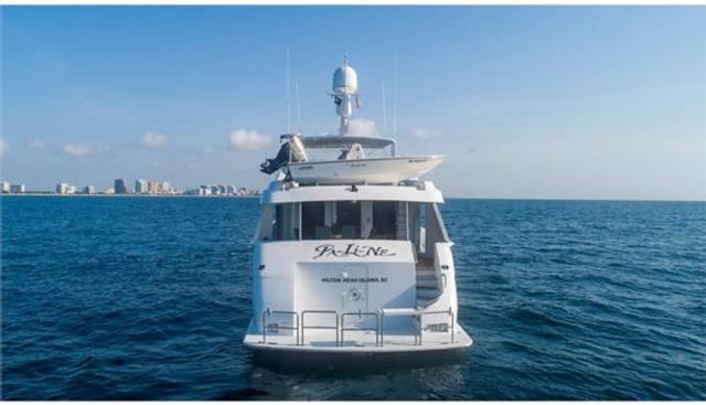 Pure Vida Charter Yacht - 6