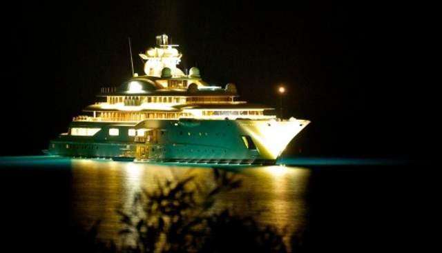 Al Raya Charter Yacht - 4