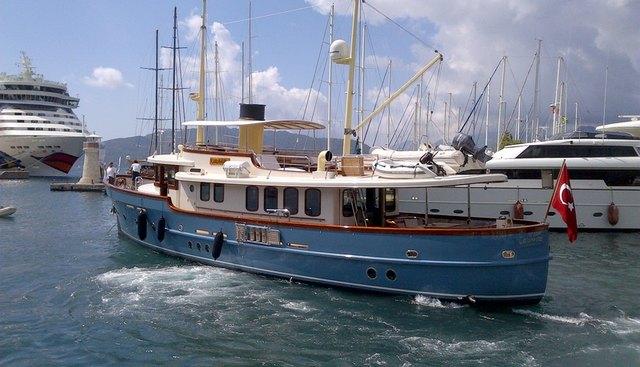 Larimar Charter Yacht - 2
