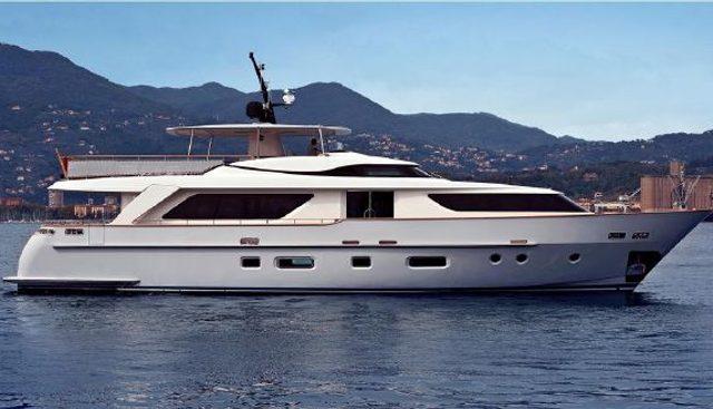 Flor Charter Yacht
