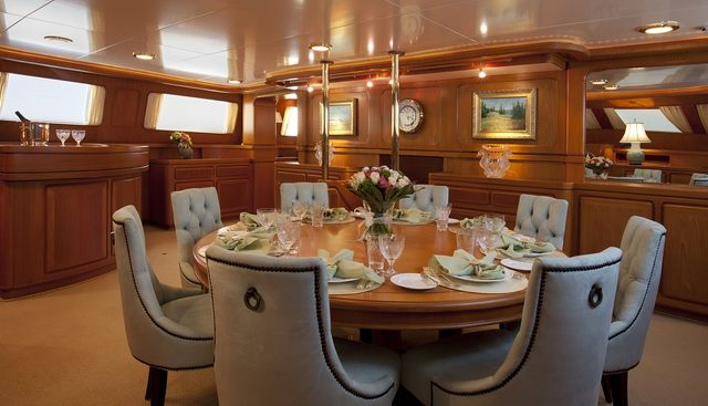 The Aquarius Charter Yacht - 7