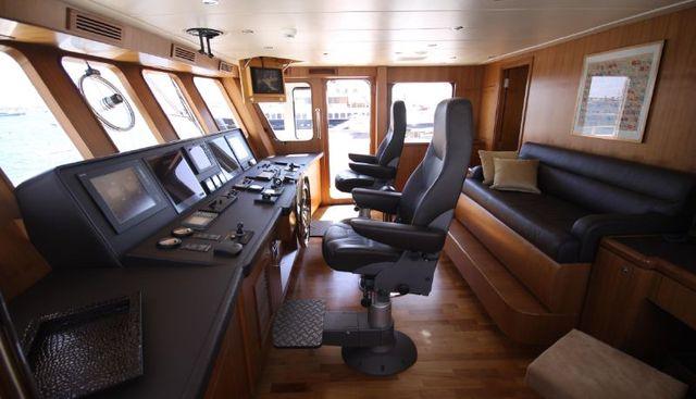 Seal Charter Yacht - 7
