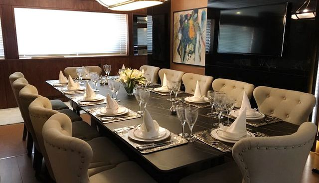 Queen Mare Charter Yacht - 8