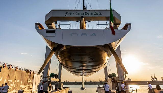 CeFeA Charter Yacht - 7