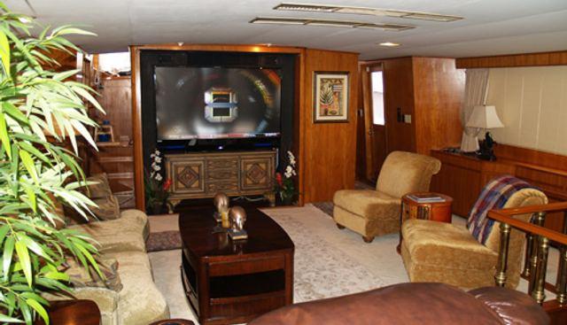 Bella Vita Charter Yacht - 3