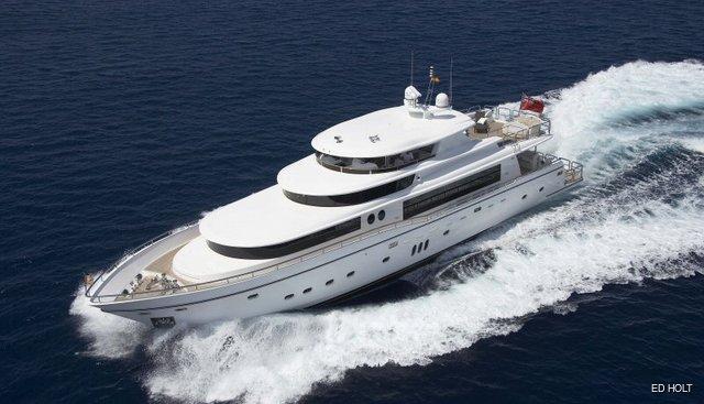 White Shark of London Charter Yacht - 2