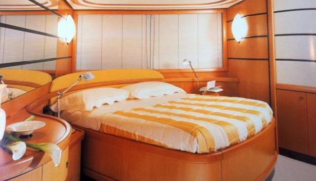 Pure Pleasure Charter Yacht - 3