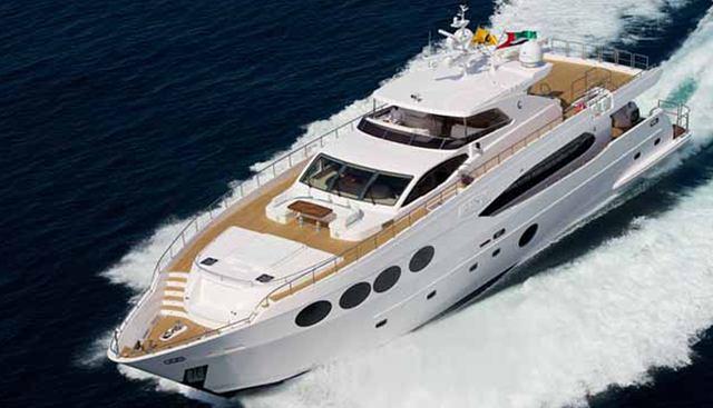 Diam Charter Yacht
