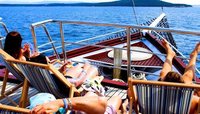 Magellan Charter Yacht - 5