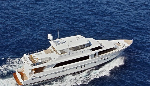 Miss Tracy Charter Yacht - 2
