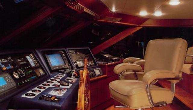 Hotei Charter Yacht - 3