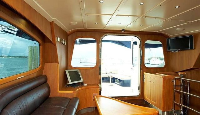 Pacific Huntress Charter Yacht - 4