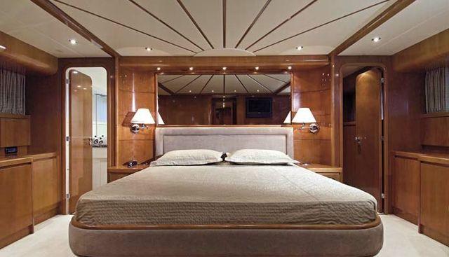 Falcon 90 Charter Yacht - 8