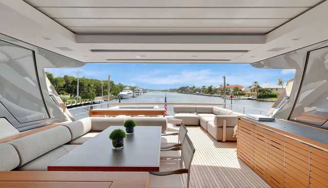 Mon Chateau Charter Yacht - 8