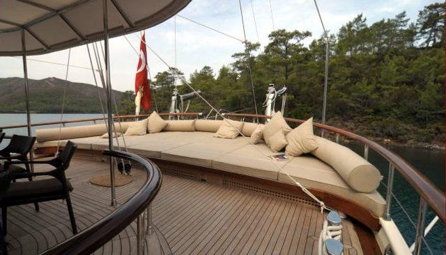 Vivien Charter Yacht - 3