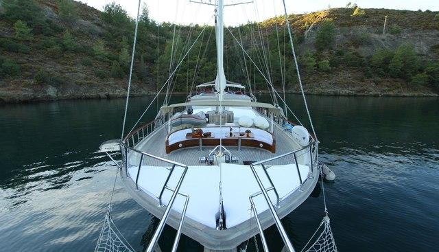Dear Lila Charter Yacht - 2
