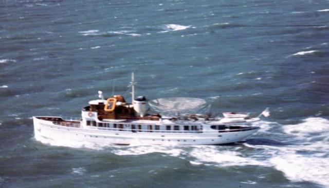 Acania Charter Yacht - 2