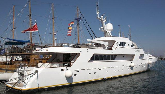 Resina Charter Yacht