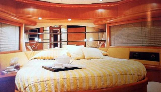 Pure Pleasure Charter Yacht - 4