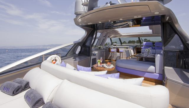 Low Blow Charter Yacht - 6