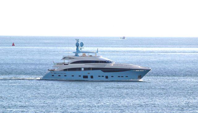 Le Verseau Charter Yacht