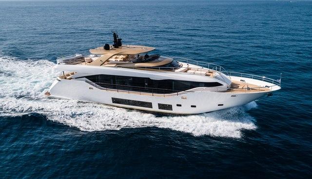 H6.0 Charter Yacht