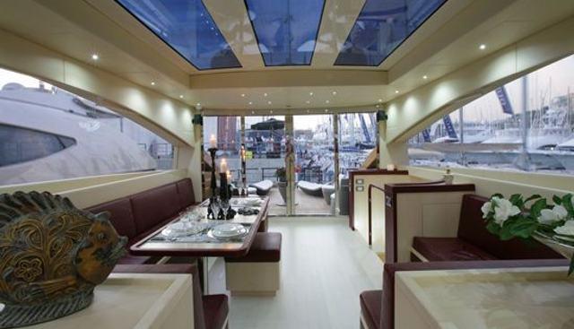 Mister Jingles Charter Yacht - 4