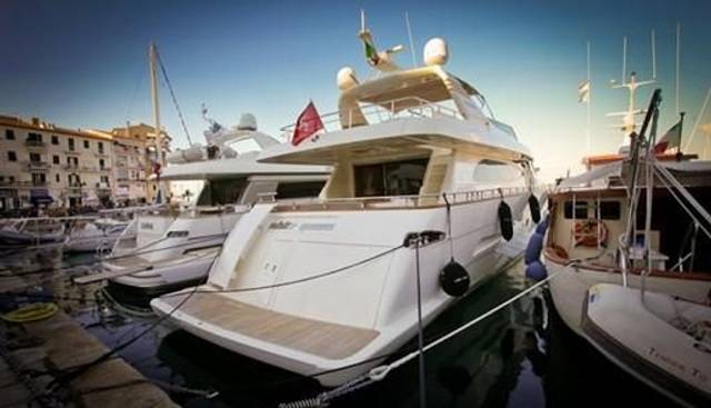 White Queen Charter Yacht - 5