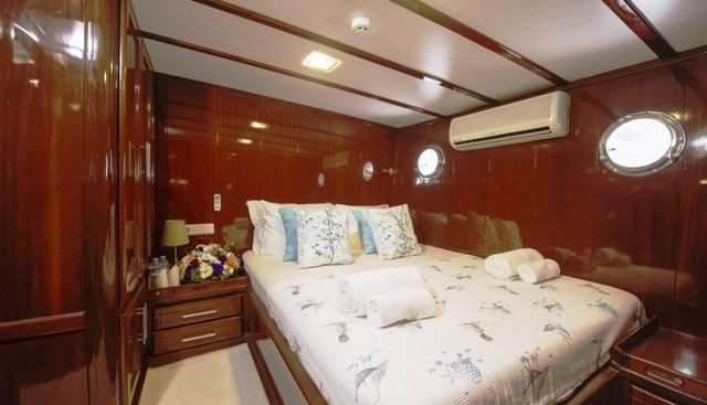 Pina Charter Yacht - 7
