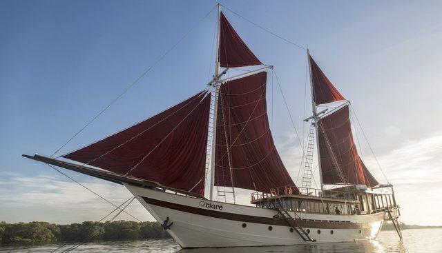 Tiare Charter Yacht