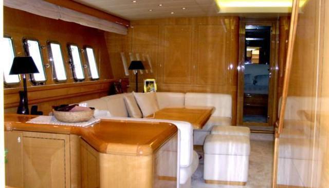 Mr Bizz Charter Yacht - 3