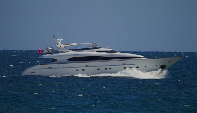Evelyn Charter Yacht