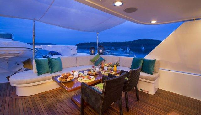 Desperado Charter Yacht - 6