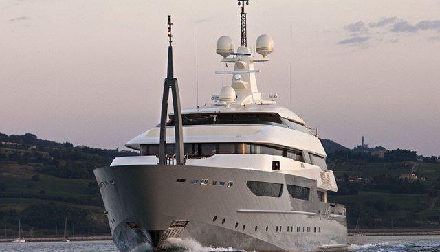 Azteca Charter Yacht - 2
