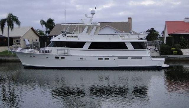 Hatteras 77 Charter Yacht