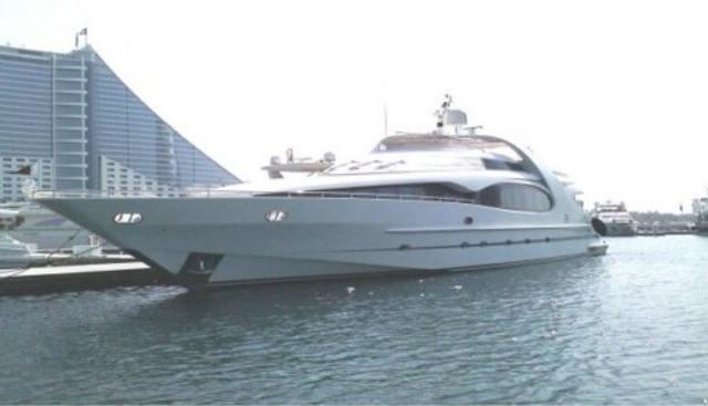 La Vie En Rose Charter Yacht