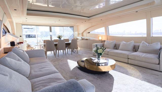 Neoprene Charter Yacht - 7