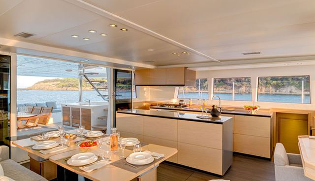 Tiger Lily Charter Yacht - 8