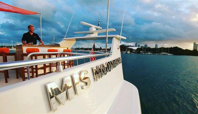 Mis Moondance Charter Yacht - 5